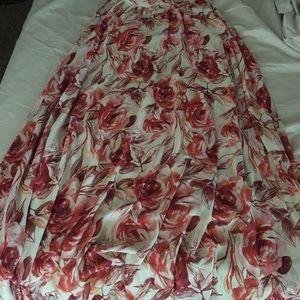 red roses skirt!